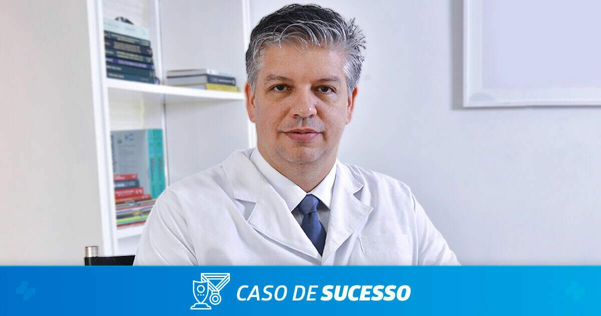 Por que o Dr. Raphael Marcon escolheu o iClinic para seu consultório?