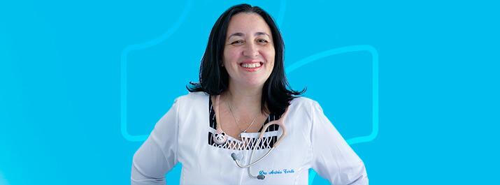 Dra. Andréa Cerutti tem atendimento de excelência com o iClinic