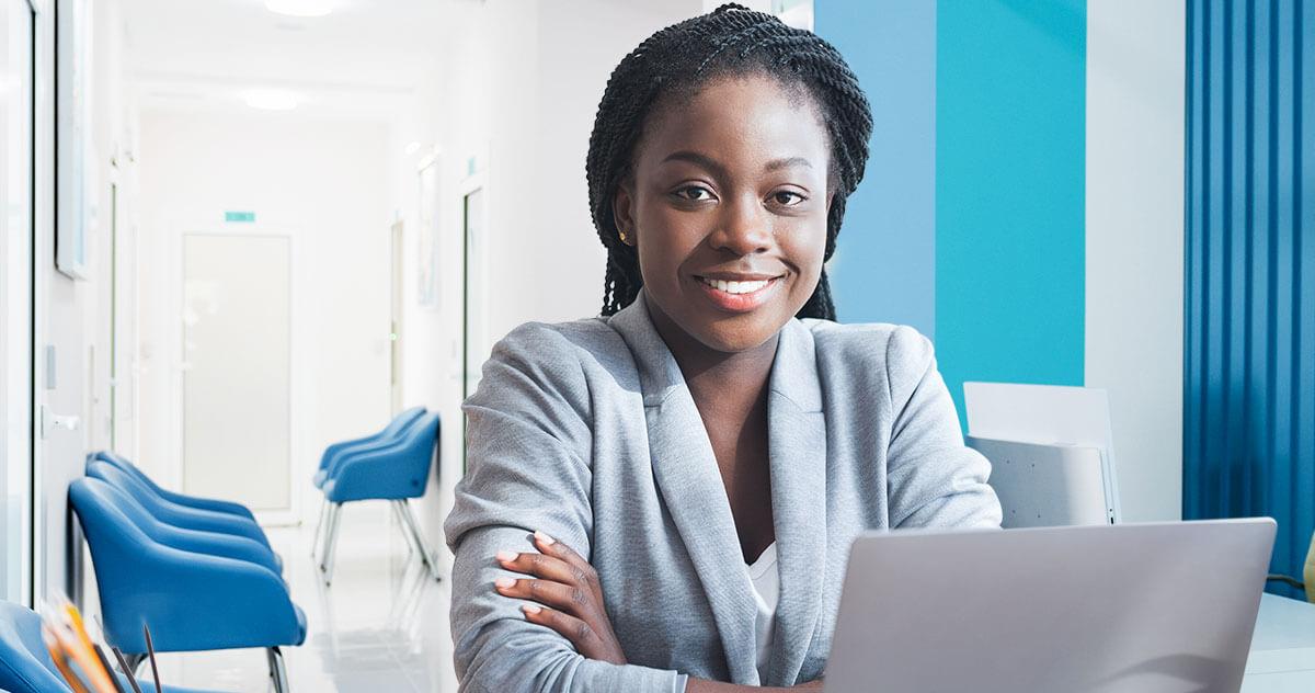 Software médico iClinic: 7 vantagens para secretárias